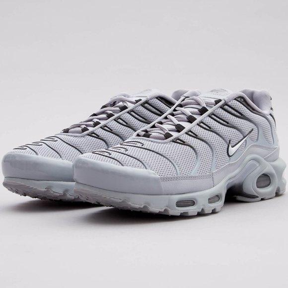 Nike Shoes Mens Air Max Plus Tn Wolfgrey Black Running Poshmark
